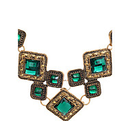 Luxury Fashion Gem Square Short Necklace