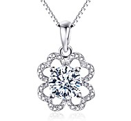 Pendants Crystal Four Leaf Clover Sterling Silver Imitation Diamond Austria Crystal Flower Style Luxury Jewelry For Daily Casual 1pc