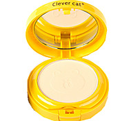 Clever Cat® Two Layers Foundation Cute Brown Bear Cameo Pressed Powder Cake