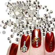 400-500pcs/bag SS3-SS16 Mixed Size White Nail Art Glitter Shiny Rhinestone Nail Art Sparking Decoration For Nail Beauty