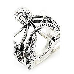 Fashion Hollow Vintage Ring(Random Color)