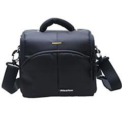 レインカバー付きキヤノンEOS 700DニコンD5300用の防水カメラケースバッグ(1カメラ+ 2枚+アクセサリ用)