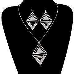 Vintage Hollow Out Double Triangle Jewelry Set(1 Set)