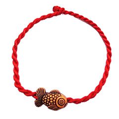 Chinese Red Classic Red String Bracelet with Cute Little Goldfish