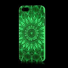 brilho padrão asteca no caso duro escuro para iPhone 5 / 5s