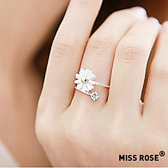 Miss ROSE®Daisy Flower Ring