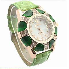 女性のカジュアル&かわいい時計