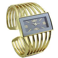 kvinners rektangel saken legering gull bandet kvarts analog armbånd watch