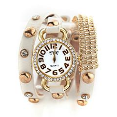 Watch Women Leather Band Rhinestone Quartz Analog Wrist Watch (Assorted Colors)