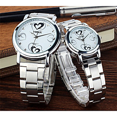 Lovely heart-shaped diamond steel and women watch lovers with a watch