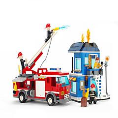 Actionfigurer og kosedyr / Byggeklosser for Gift Byggeklosser Modell- og byggeleke Hus / Trailer ABS5 til 7 år / 8 til 13 år / 14 år og