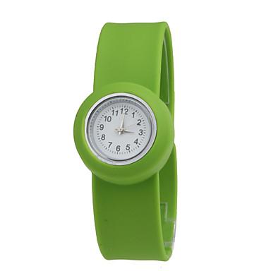 enfants montre quartz tanche bracelet bande avec bande verte de 215106 2017. Black Bedroom Furniture Sets. Home Design Ideas