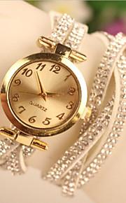 Damen Modeuhr Quartz Armbanduhren für den Alltag Leder Band Armband Schwarz / Weiß / Rot