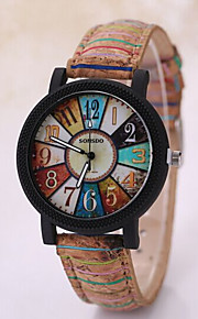 Men's Triangle Case Leather Wood Band Analog Quartz Wrist Watch
