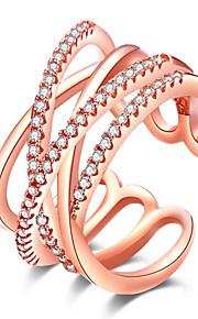 Ringe Andre Euro-Amerikansk Fest Daglig Afslappet Smykker Legering Rhinsten Rødguldbelagt Ring 1 Stk.,En størrelse Hvid Rose Guld