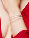 Femme Bracelets Rigides Bracelets de tennis Elegant Mariee Multicouches bijoux de fantaisie Cristal Zircon Strass Alliage Forme de Cercle